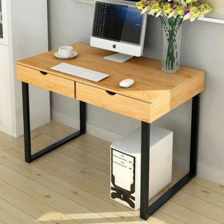 Desk D201